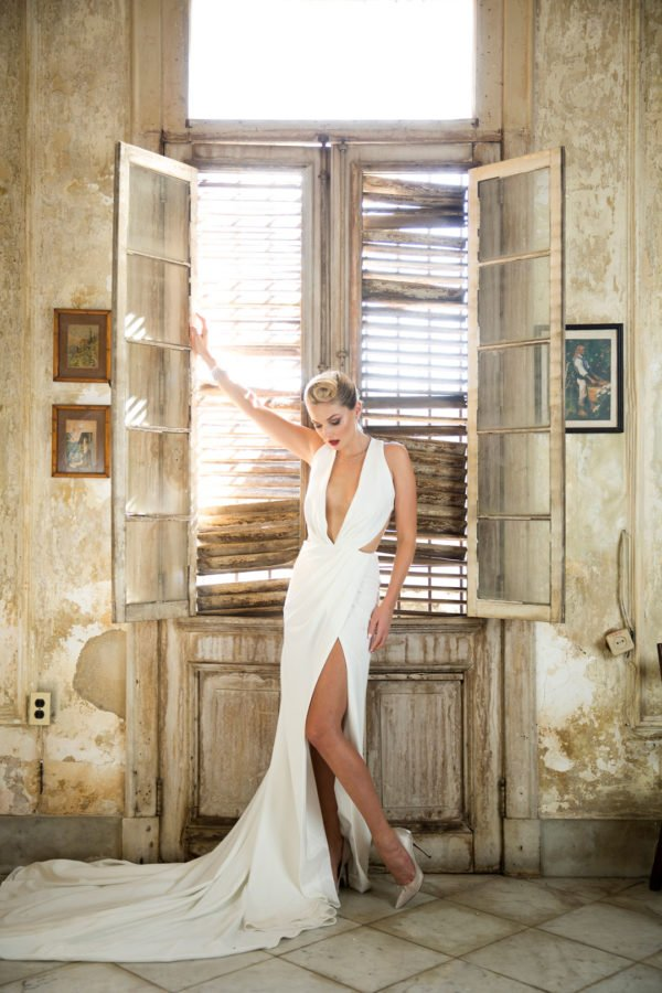 Marylyn custom wedding gown